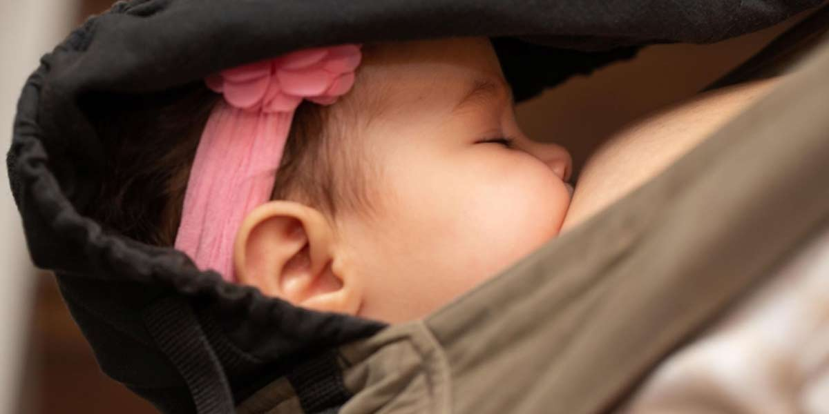 newborn baby breastfeeding
